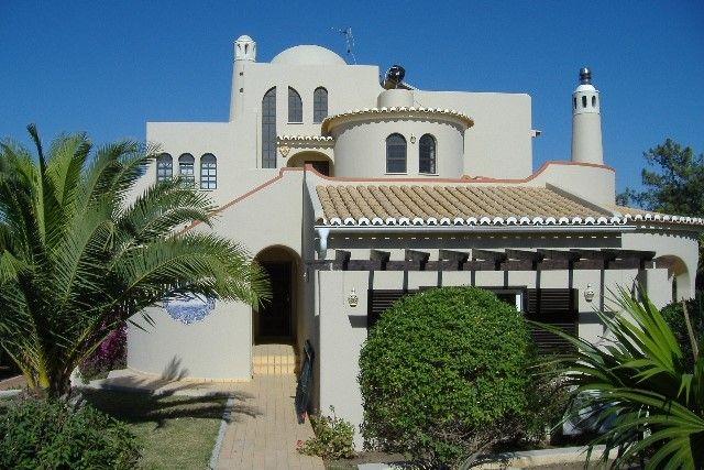 3 bed villa for sale in Portugal, Algarve, Lagoa