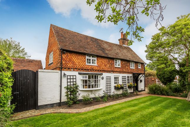 Thumbnail Detached house for sale in Crowhurst Road, Crowhurst, Lingfield