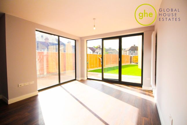 Thumbnail Detached house for sale in Sandcliff Road, Erith