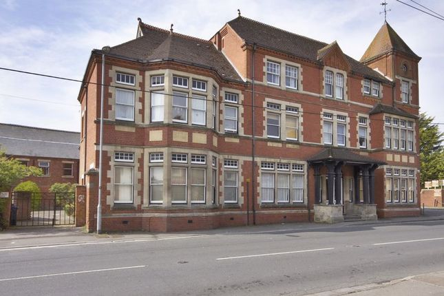 Thumbnail Flat for sale in Andover Road, Ludgershall, Andover