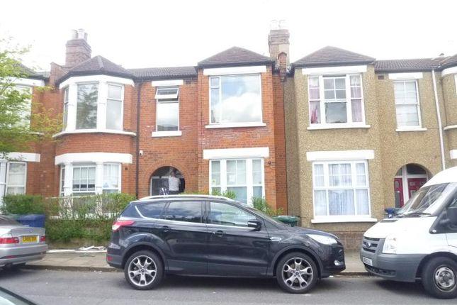 Thumbnail Maisonette to rent in Leslie Road, East Finchley, London