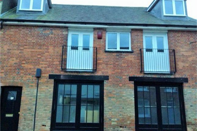 Thumbnail Flat to rent in Lenten Street, Alton