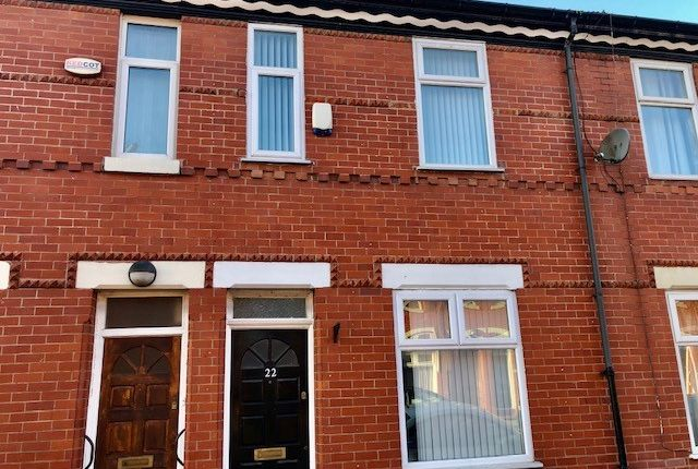 Thumbnail Shared accommodation to rent in Mackenzie Road, Salford