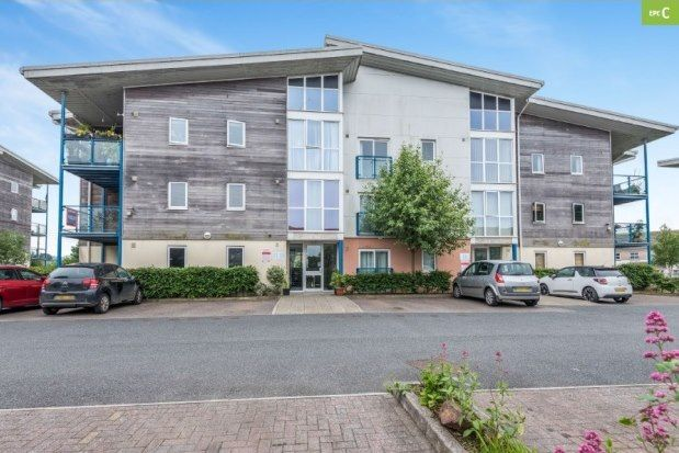 Thumbnail Flat to rent in Vyvyans Court, Camborne