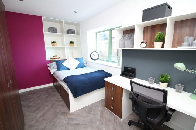 Thumbnail Flat to rent in Library Road, Pontypridd