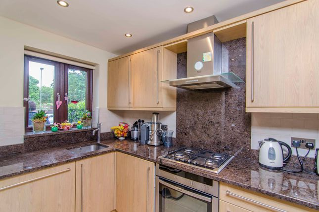 Thumbnail Terraced house to rent in Pendall Close, Barnet