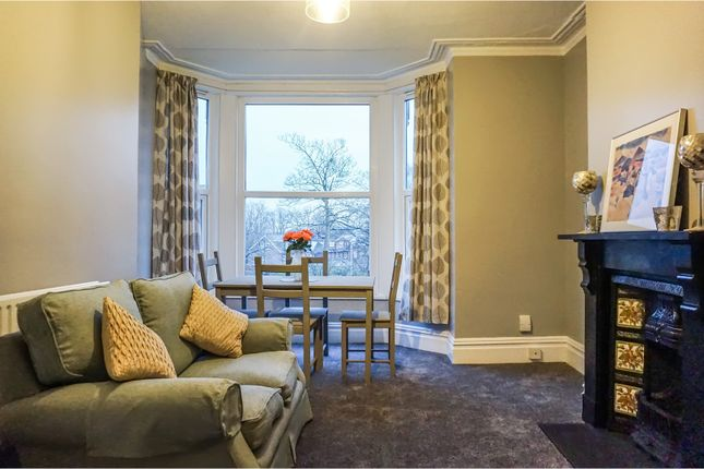 Flat for sale in Roundhay Mount, Leeds