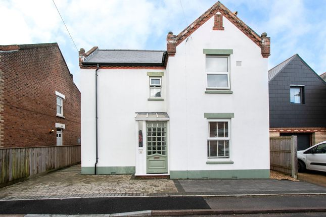 Thumbnail Flat to rent in Stourfield Road, Southbourne, Bournemouth