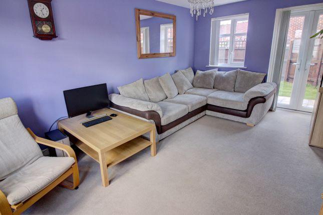 Lounge (Second Angle)