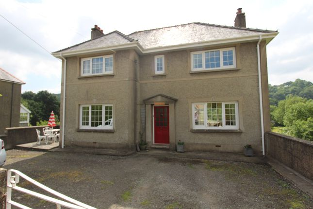Thumbnail Detached house for sale in New Road, Llandysul