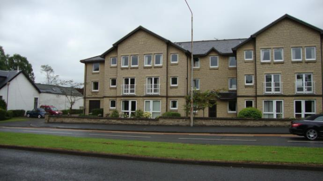 Thumbnail Flat to rent in Fairview Court, Milngavie