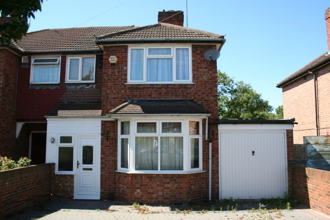 4 bed semi-detached house to rent in Delamere Road, Hayes