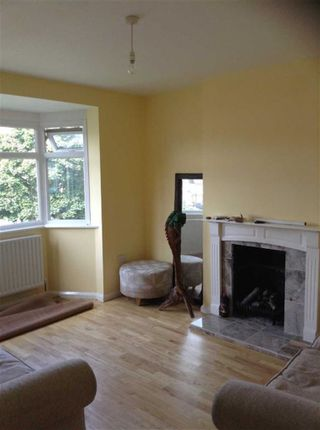 Thumbnail Flat to rent in North View, Pinner, Middlesex