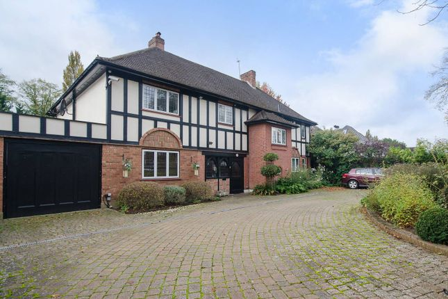 Thumbnail Detached house to rent in The Avenue, Hatch End
