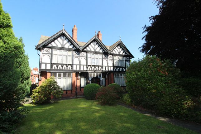 Thumbnail Detached house for sale in Hoole Road, Hoole, Chester