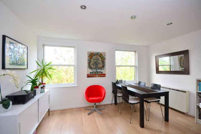 Thumbnail Flat to rent in Thicket Road, Crystal Palace
