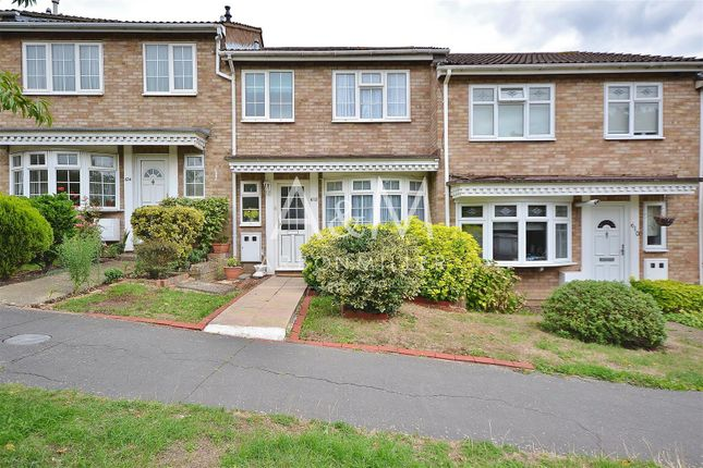 Thumbnail Terraced house to rent in Limes Avenue, Chigwell