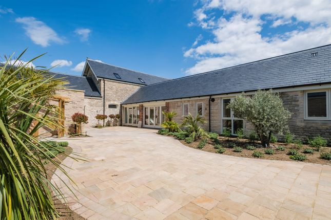 Thumbnail Barn conversion for sale in Stamford Road, Empingham, Oakham