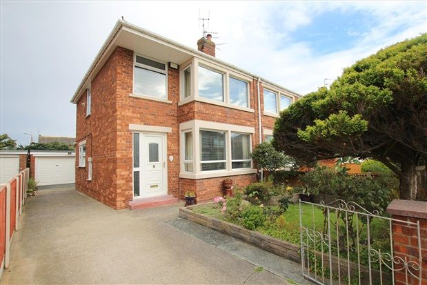 3 bed property for sale in Helens Close, Blackpool