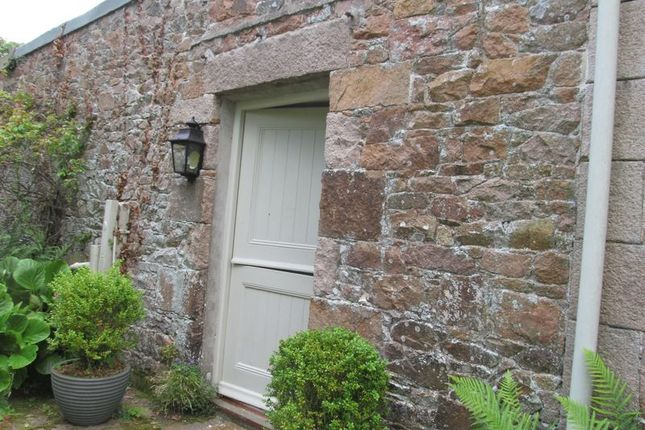 Thumbnail Property to rent in La Rue Es Philippes, Grouville, Jersey