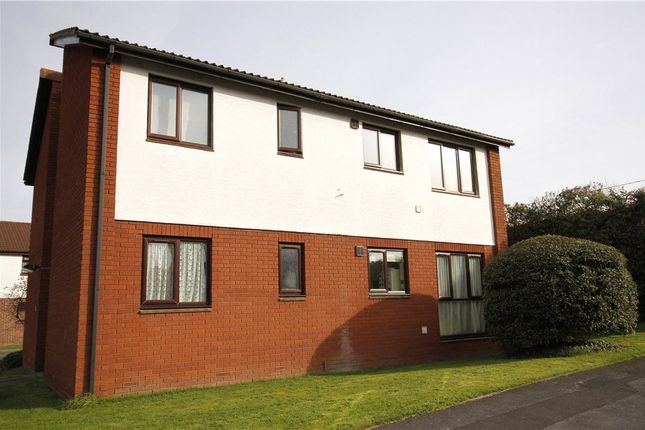 Thumbnail Flat for sale in Fosse Way, Nailsea, North Somerset