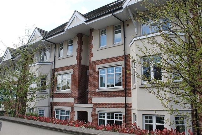 Flat to rent in Cobbett Road, Southampton