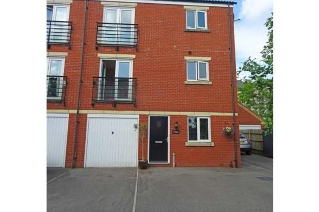 Thumbnail Town house to rent in Seacole Crescent, Swindon
