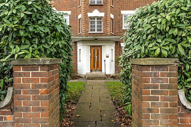 Thumbnail Flat for sale in Bushey Road, London