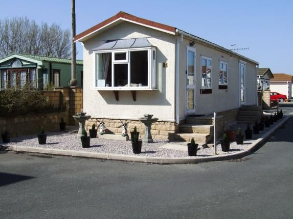 Thumbnail Mobile/park home for sale in Broadfields Park, Oxcliffe Road, Heaton With Oxcliffe, Morecambe