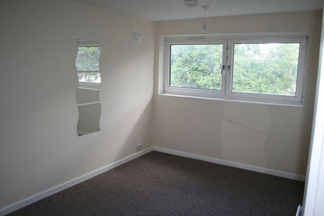 Thumbnail Room to rent in Room C, Hooper Road, London