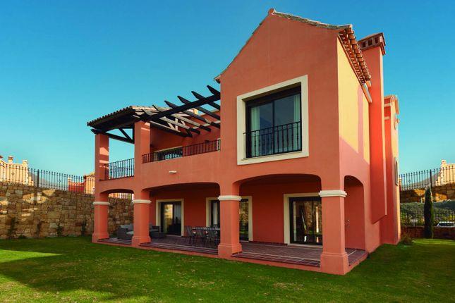 3 bed villa for sale in Estepona, Costa Del Sol, Andalusia, Spain
