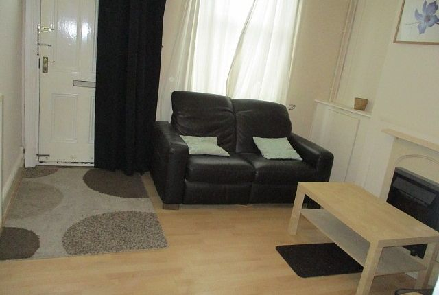 Thumbnail Property to rent in Denison Street, Beeston, Nottingham