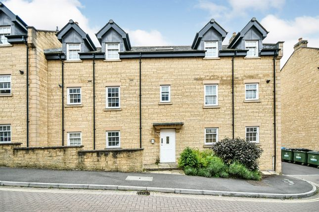 2 bed flat for sale in Louise Rayner Place, Chippenham SN15