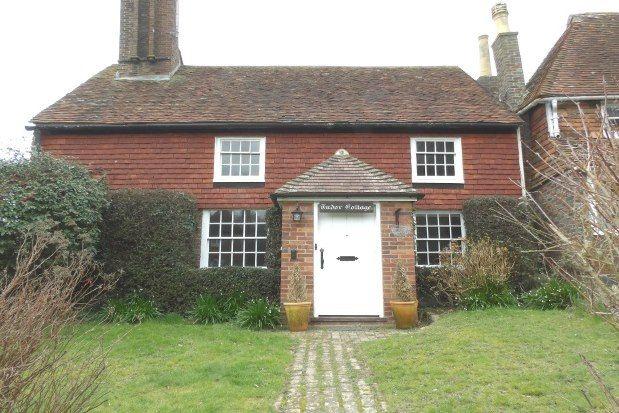 2 bed property to rent in School Hill, Tunbridge Wells TN3