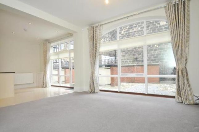 Thumbnail Mews house to rent in Cambridge Mews, Harrogate, North Yorkshire
