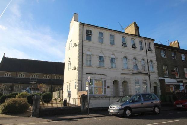 Thumbnail Flat to rent in Victoria Road, Aldershot