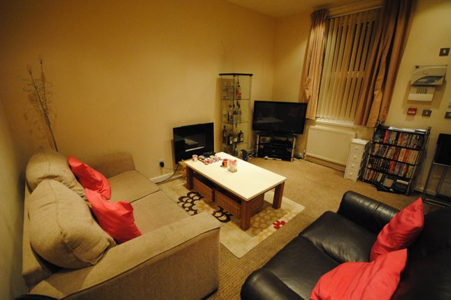 Thumbnail Terraced house to rent in 33 Granby Terrace, Headingley LS6 3Bb