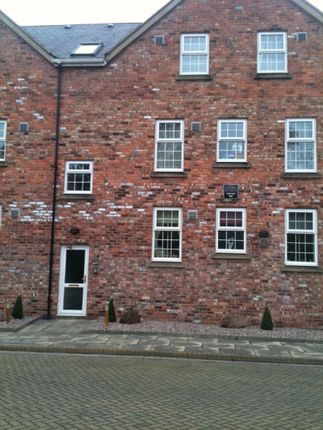 Thumbnail Flat to rent in Raddle Wharf, Dock Street, Ellesmere Port
