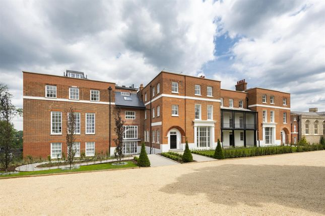 Thumbnail Flat for sale in The Ridgeway, London