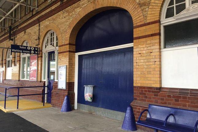 Thumbnail Retail premises to let in Bolton Railway Station Trinity Street, Bolton, Lancashire