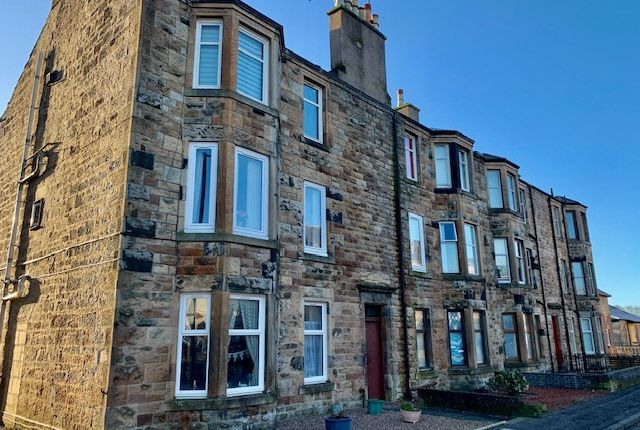 Thumbnail Flat for sale in Holmhead, Kilbirnie