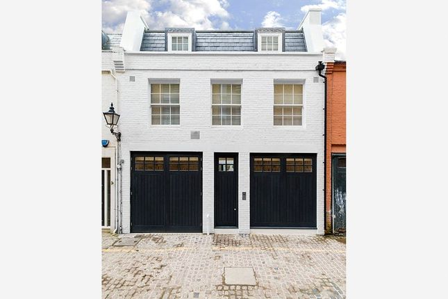 Thumbnail Terraced house for sale in Princes Gate Mews, Knightsbridge