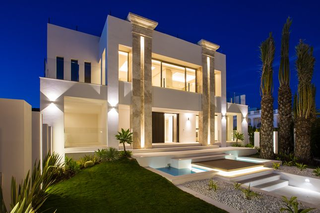 Thumbnail Detached house for sale in Golden Mile, Puerto Banus, Málaga, Andalusia, Spain