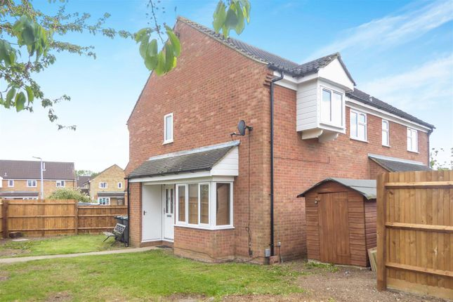 Thumbnail Detached house to rent in Lincoln Crescent, Biggleswade
