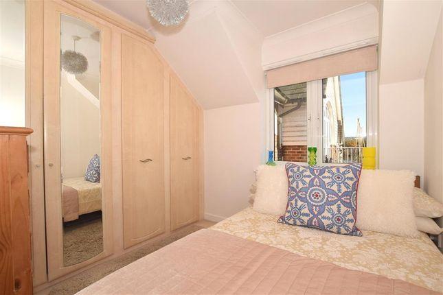 Bedroom 2 of The Lakes, Larkfield, Aylesford, Kent ME20