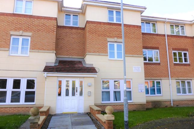 Thumbnail Flat to rent in Town Lands Close, Wombwell, Barnsley