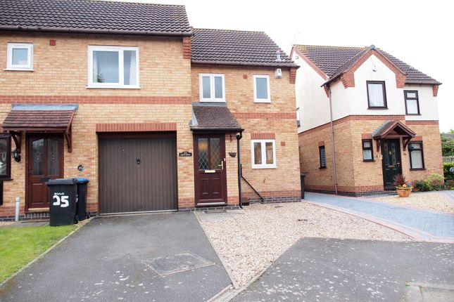 Thumbnail Town house to rent in Forge Close, Fleckkney, Leicestershire