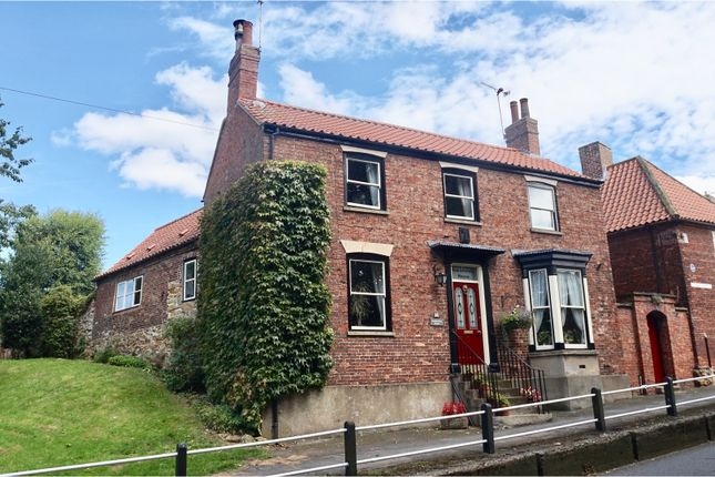 Thumbnail Detached house for sale in High Street, Caistor