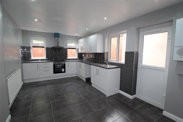 Thumbnail Property to rent in Greenland Road, Bolton