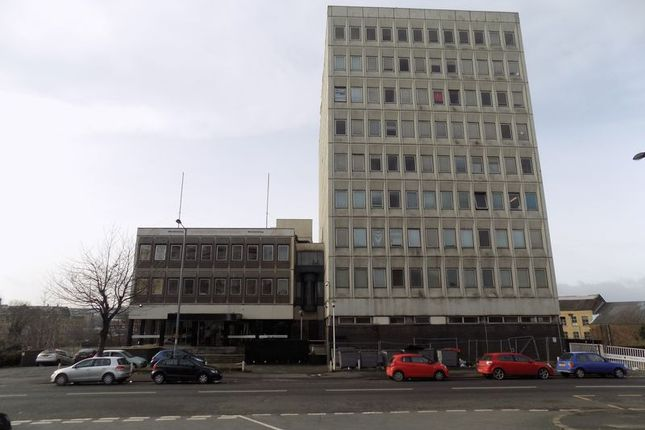 Flat for sale in Sunbridge Road, Bradford